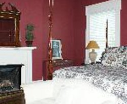 Bourbon Manor Bed & Breakfast