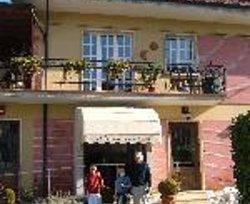 Hotel Armando's