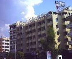 소제르 호텔