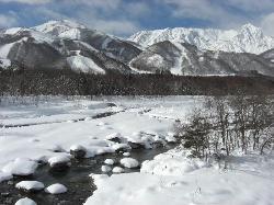 冬の白馬大橋からの眺め (29396793)