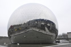 La Cite des Sciences et de L'lndustrie