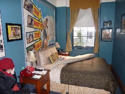 Sheree North room
