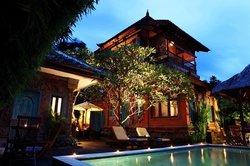 Sunhouse Guest House