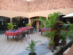 Tonle Chaktomuk Restaurant