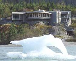 ‪Mendenhall Glacier Visitor Center‬