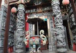 Yaowang Temple