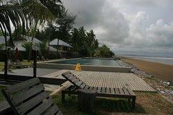 Sematan Palm Beach Resort