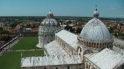 veduta Duomo e Battistero dalla Torre di Pisa
