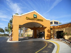 Quality Suites Universal South