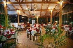 Las Planchas Steakhouse & Bar