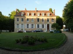 Chateau de Jonvilliers Bed & Breakfast