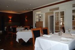 Wine & Roses Restaurant
