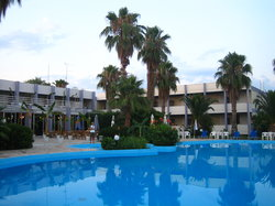 Danti's Beach Hotel