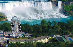 Comfort Inn Clifton Hill - Niagara Falls Hotel