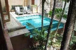 Private pool and dining area