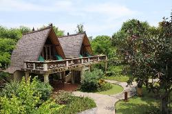Delux Bungalows at the bank of the hotel