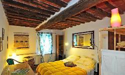 (adjoinable) Studio - double bedroom