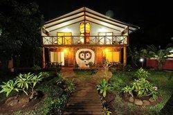 Tea Nui - Cabanas y Habitaciones
