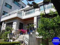 Big Choi's Guesthouse