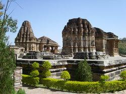 Sas-Bahu Temple Tour