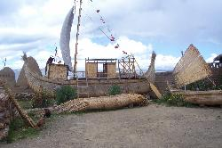 Tortora boats in Huatajata (30860541)