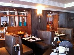 Hotel Kylestrome Bar & Grill