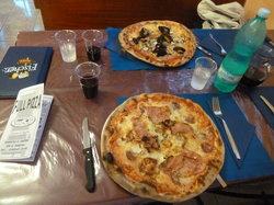 Full Pizza Di Melis Simonetta