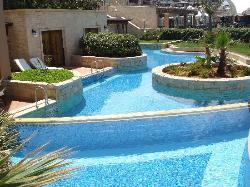 More swim-up pools