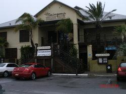 Hemingway's Island Grill