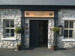 Byrne & Woods Bar & Restaurant