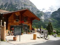 C und M Cafe Bar Restaurant