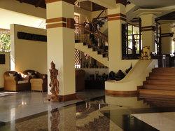 Sunny Paradise Resort