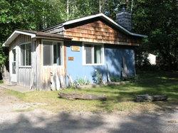 Peterson's Cottages