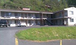 White Pine Motel