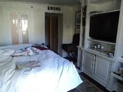 """Superior"" Room Total $512"