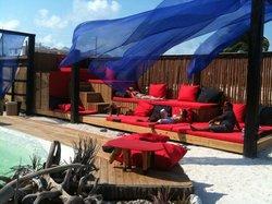Kama Lounge & Bistro Bar