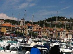 Le Yacht Club de Cassis