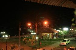 Vista Nocturna del Malecón desde el Restaurante