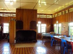 Kitchen, dining room, fireplace