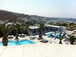 palladium hotel pools and pool bar