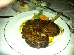 William B's Steakhouse