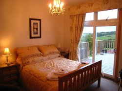 Strathview Lodge Bed and Breakfast
