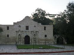 Crockett view from the Alamo Plaza