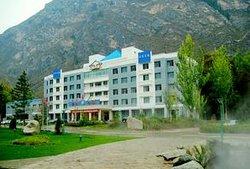 Huzhu Yingyuan Hotel