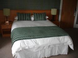 Dunavon House Hotel