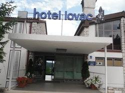 Hotel Lovac