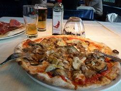 Ristorante Pizzeria Drei Tannen
