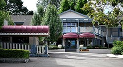Waldorf Leura Gardens Resort