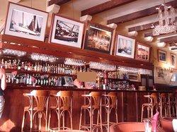 Hotel Bar Sube