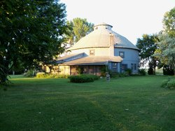Round Barn Inn Bed and Breakfast